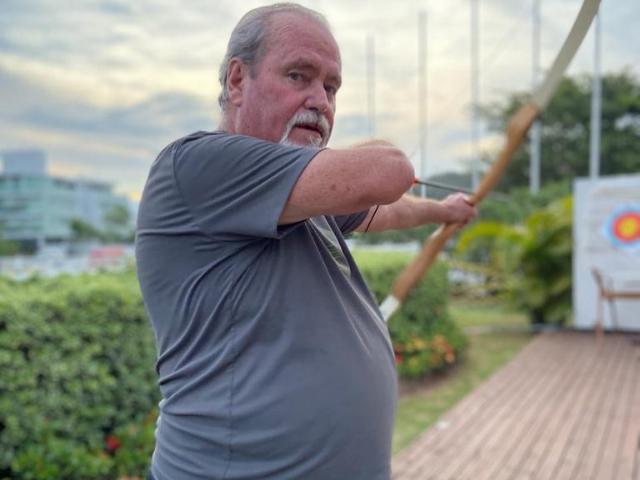 https://jureresportscenter.com.br/wp-content/uploads/2020/09/Isildo-Pereira-de-Souza-instrutor-arcoe-e-flecha-jurere-sports-center-100.png