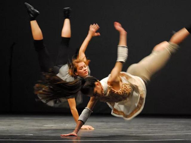 https://jureresportscenter.com.br/wp-content/uploads/2020/09/cena-11-cia-de-dança.png