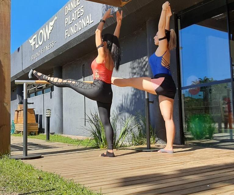 https://jureresportscenter.com.br/wp-content/uploads/2020/11/flow-barre-dance-jurere-sports-center-reinicio-aulas-presenciais-768x640.jpg
