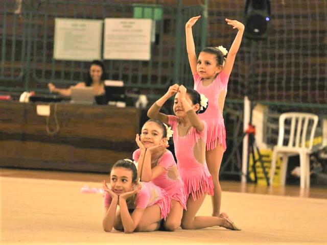 https://jureresportscenter.com.br/wp-content/uploads/2020/11/ginastica-ritmica-jurere-sports-center-4-2.png